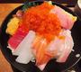 アゴが外れるほどウマい極上海鮮丼がたったの1800円! ポセイドンに感謝する「魚の神店」見つけたり